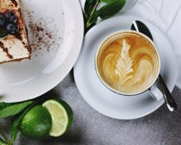 Frühschoppen, Kaffee & Kuchen am 30. Juli in der Trinkhalle am Kleinen Rugen